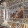 тавана на една от галериите